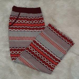 W40xL26 Plus Sz 22/24 CACIQUE Red Gray PJ Pants